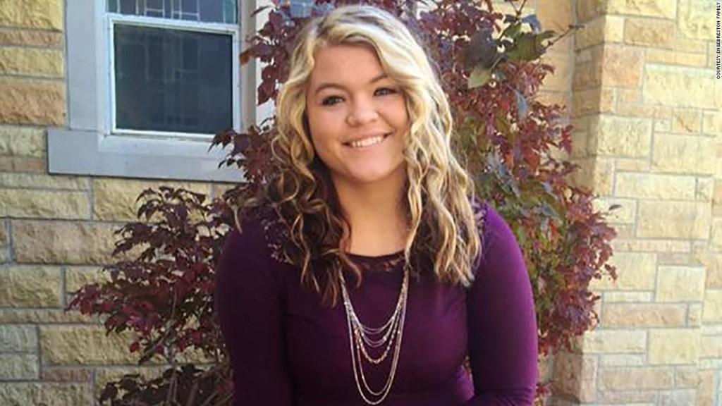 Alyssa Gilderhus antes de su aneurisma cerebral y hospitalización en la Clínica Mayo.