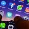 Crece el descontento entre compañías con las tiendas de Apple y Google
