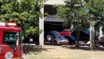 Colapsa parking en Irving, Texas