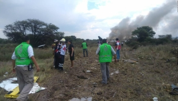 Sobreviviente del accidente de Aeroméxico toma video dentro del avión