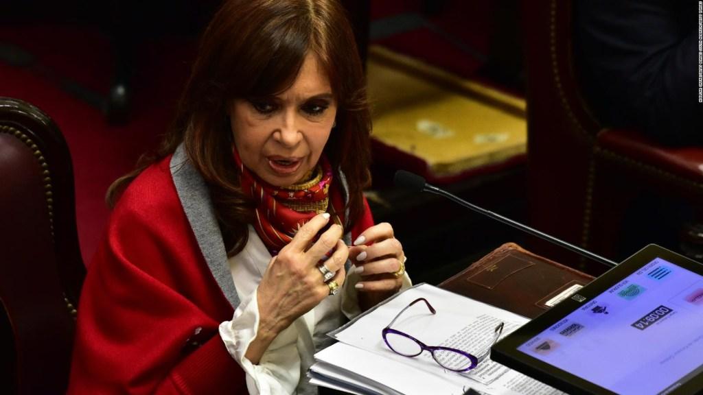 Fernández de Kirchner comparece ante tribunales en Argentina
