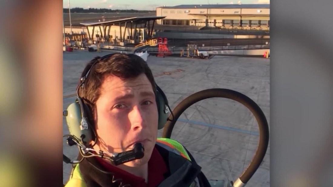 Escucha qué dijo el mecánico que robó y estrelló un avión en Seattle