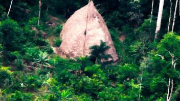 Dron graba a una tribu amazónica nunca antes vista