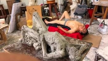 Este peruano tiene 87 años y quiere modelar desnudo hasta la muerte