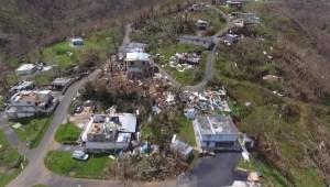 Puertorriqueños lamentan la cifra de muertos en Puerto Rico