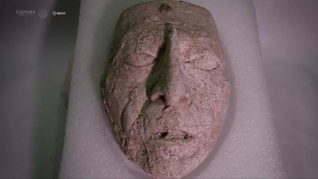 Descubren máscara de los mayas en México