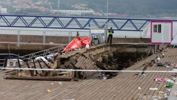 Una pasarela de madera del puerto de Vigo (España) colapsó el domingo por la noche. 316 personas resultaron heridas. (Crédito: CARMELO ALEN/AFP/Getty Images)