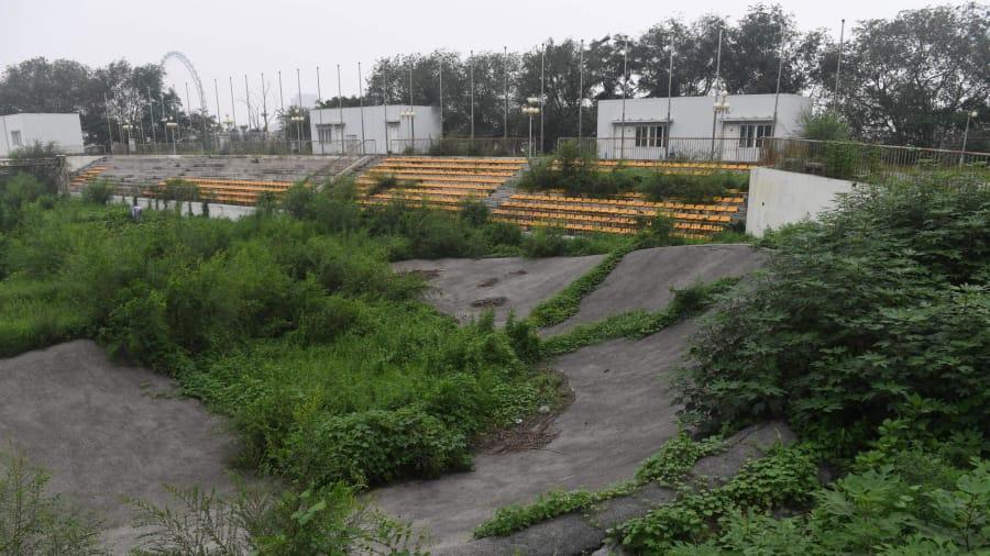 Momento desatendido: después de diez años, el verde es una parte importante del paisaje dentro del estadio de BMX.