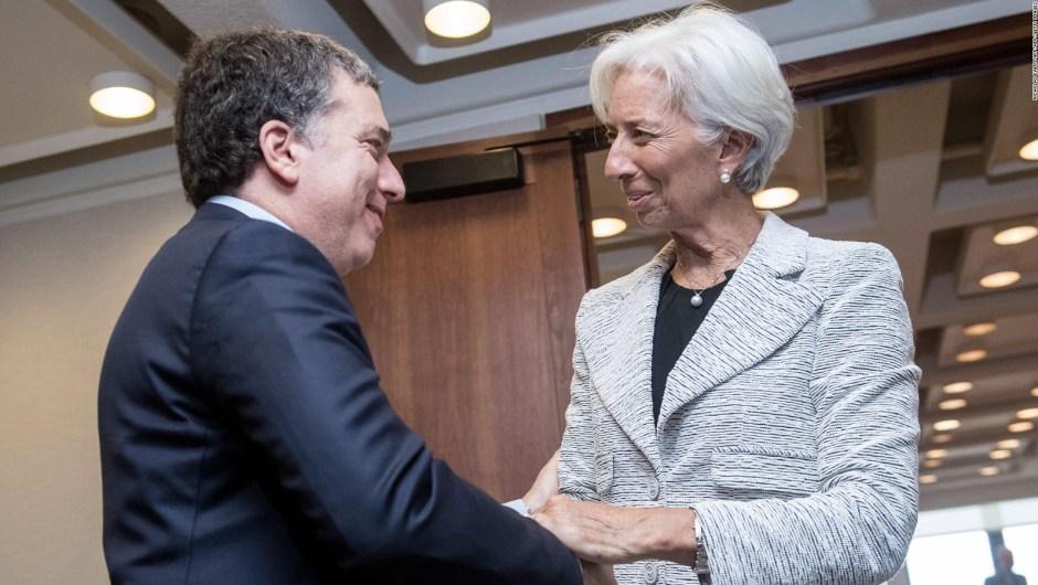 Argentina recurre al FMI