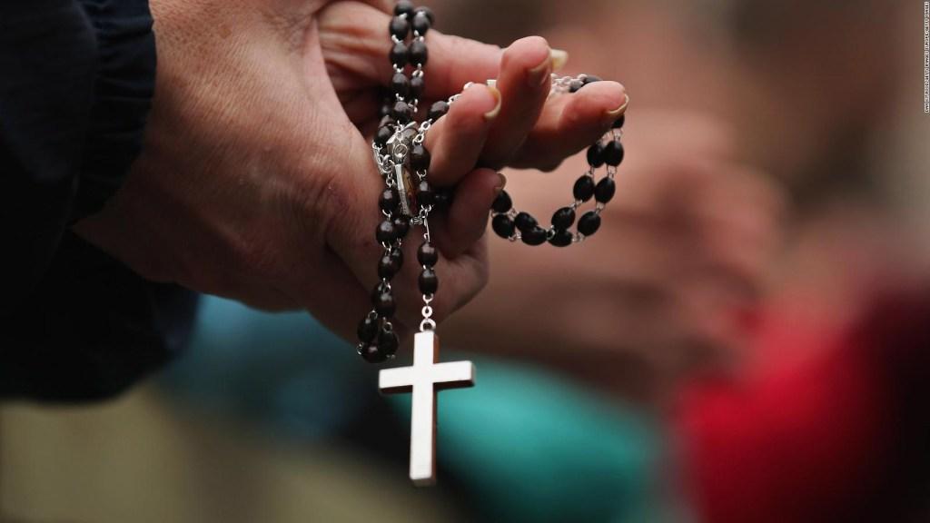 Nueva York: Ocho diócesis investigadas por abuso sexual