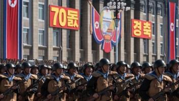 Desfile militar conmemora la fundación de Corea del Norte
