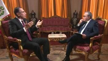 Presidente de Perú dice que no descarta cerrar el Congreso