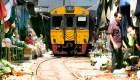 Maeklong, el mercado en la vía del tren de Tailandia