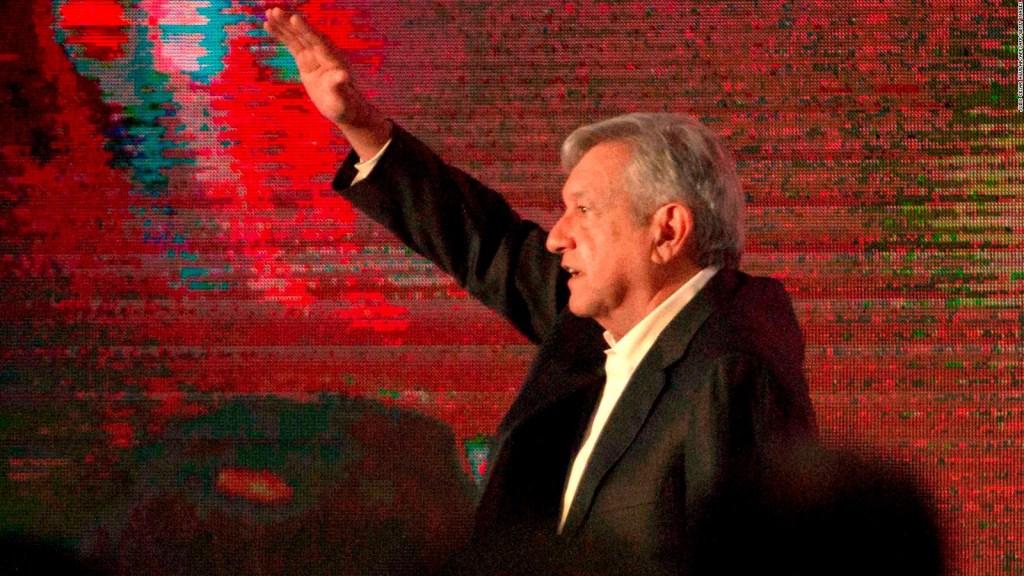 """Morena anuncia proyecto de ley de """"austeridad republicana"""""""