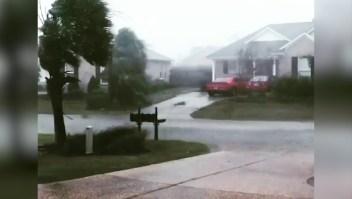 La fuerza de Florence se hace sentir en Leland, Carolina del Norte