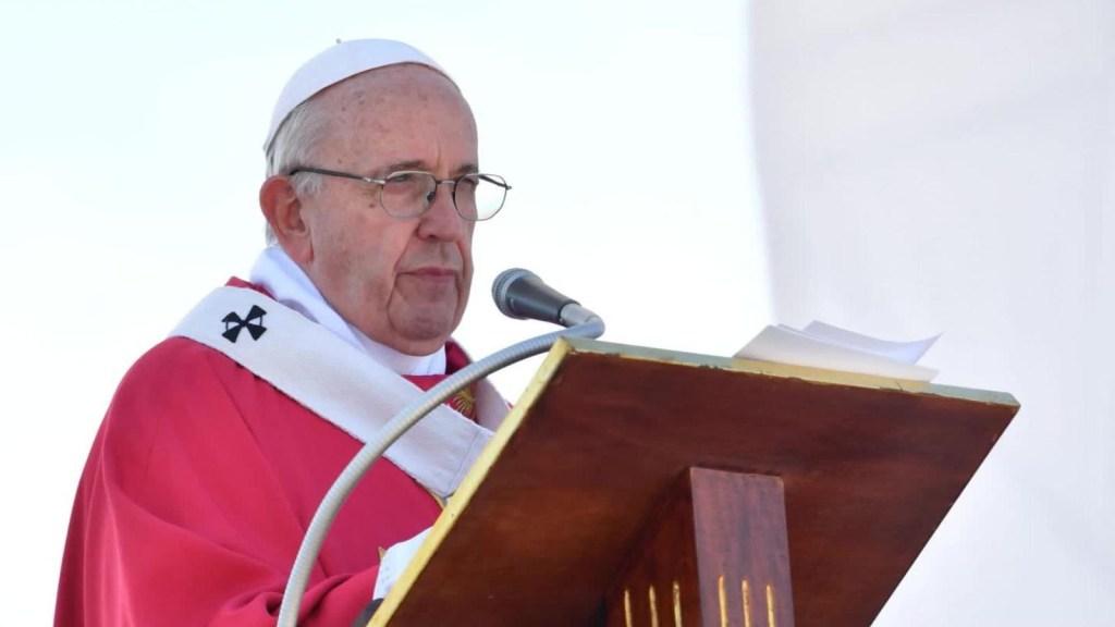 El papa Francisco acepta la renuncia de otros dos obispos de Chile