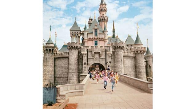 El castillo de la Bella Durmiente es una característica icónica de Disneyland, pero no siempre estuvo en los planes.
