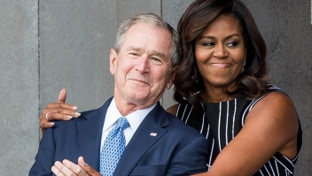 Michelle Obama es muy amiga de George W. Bush