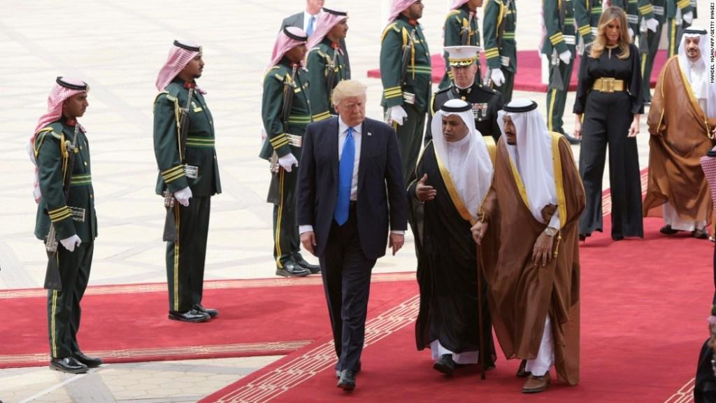 La relación de EE.UU. y Arabia Saudita pone a Donald Trump en una situación incómoda.