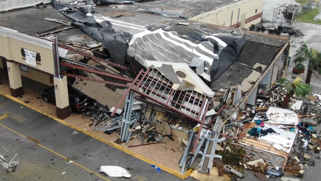 Varias estructuras colapsaron tras el paso del huracán Michael