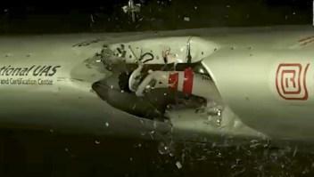 Dron causa serios daños a avioneta durante experimento