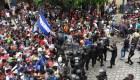 """""""¡México, México"""", grita la caravana de centroamericanos pidiendo que los dejen cruzar"""