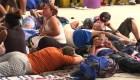 3.500 hondureños esperan en la plaza principal de Ciudad Hidalgo, Chiapas