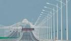 China inaugura puente más grande sobre el mar
