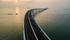 ¿Cuánto costó el puente sobre el mar más largo del mundo en China?