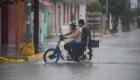 Willa trae fuertes lluvias y vientos a la costa de México