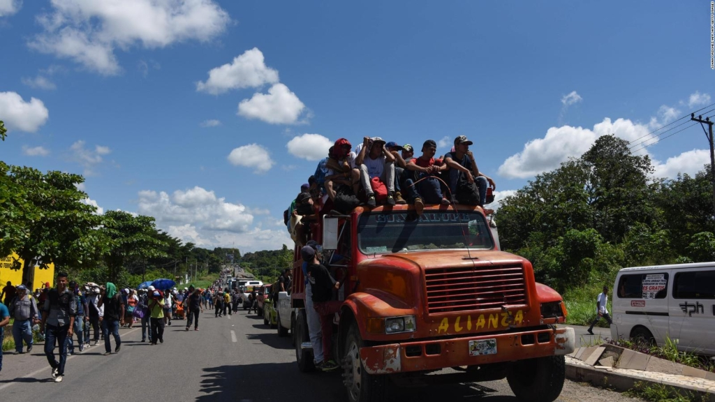Caravana de centroamericanos deciden la ruta de México a EE.UU.