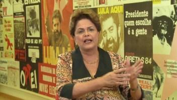 Rousseff pide a Bolsonaro respeto para todos los brasileños