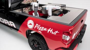 Pizza Hut y Toyota se unen para entregar pizzas