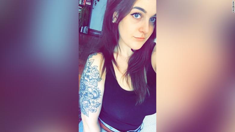 """Amanda Halse, de 26 años, era la """"pacificadora de la familia"""", dijo su hermana Karina."""