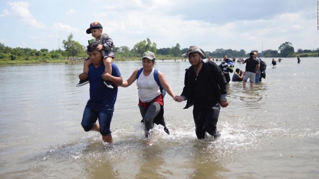 Analistas: Seguimos excluyendo a los mexicanos que están en EE.UU.