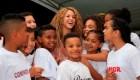 Shakira abre el camino a la educación para niños en su tierra natal