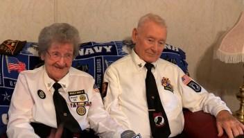 Veteranos de la II Guerra Mundial y casados por más de 7 décadas