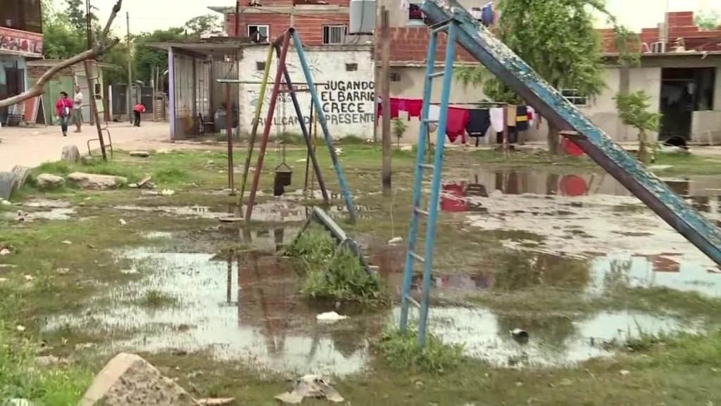 1.800 personas han sido evacuadas por inundaciones en Buenos Aires