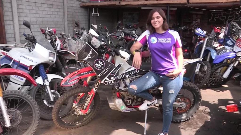 La motociclista peruana que llena de orgullo a las mujeres
