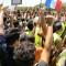 """Los """"chalecos amarillos"""" protestan contra el presidente Macron"""