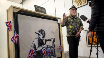 Artista quiere destrozar obra de banksy como protesta