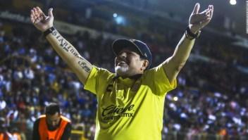 Diego Maradona está a un paso de lograr el objetivo futbolístico que lo llevó a México: ascender a la máxima división como entrenador de los Dorados de Sinaloa.