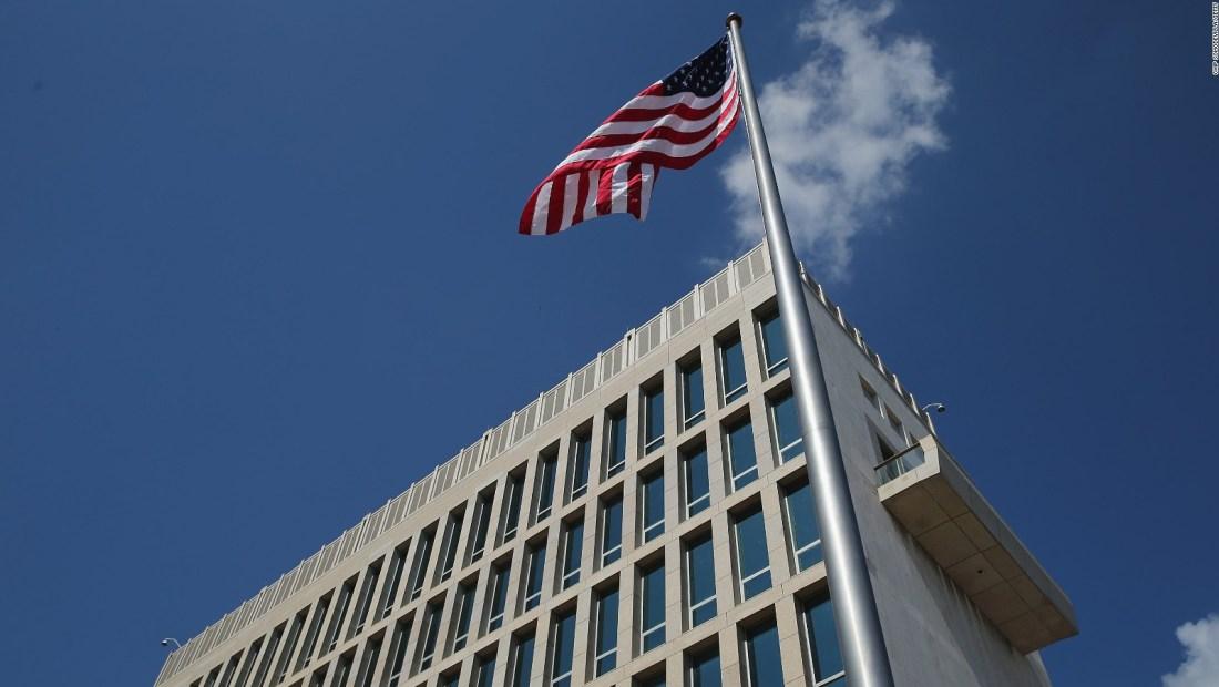 Por reducción de personal suspenden operaciones en embajada de EE.UU. en Cuba