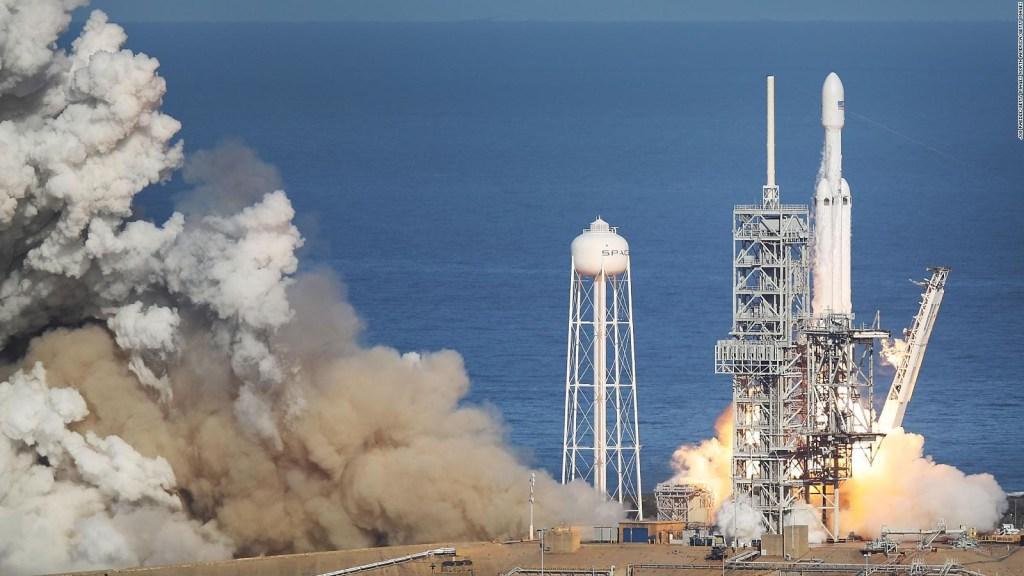 #CifraDelDía: 64 satélites serán lanzados por SpaceX