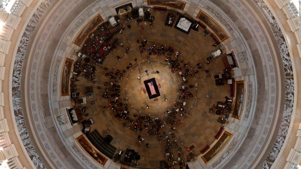 El funeral de George Bush trae unidad a Washington