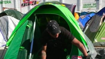 ¿De qué viven los inmigrantes de las caravanas?
