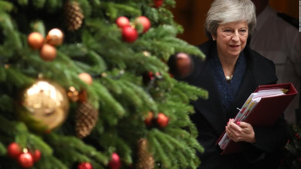 Una rebelión en su propio partido pone en riesgo el futuro de Theresa May