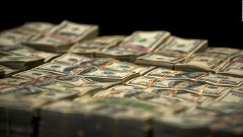 ¿Cuán grande es el negocio del narco en EE.UU. y cómo se lava el dinero?