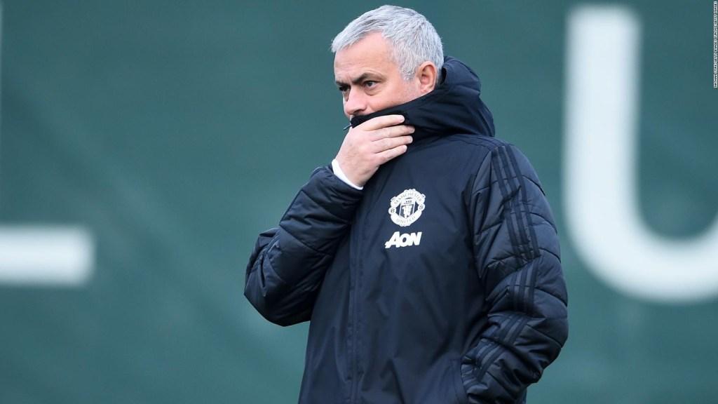 Manchester United despide a Mourinho
