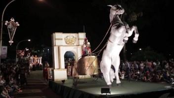 Así se vive la colorida Fiesta Nacional de la Navidad del Litoral en Argentina